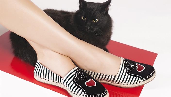 Santa Lolla e sua incrível coleção Cat Power